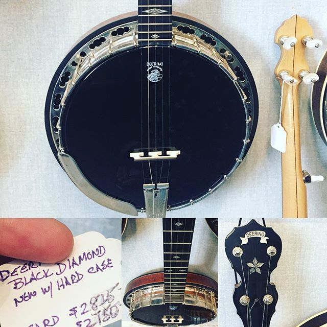 Limited Black Diamond Banjo by Deering! Unique sound for the unique #banjoplayer or #banjocollection. 👀🎼🎼Comes with hard case. #banjo #musiccollector #banjolove #deering #deeringbanjos #amherstma #boston #massachusetts