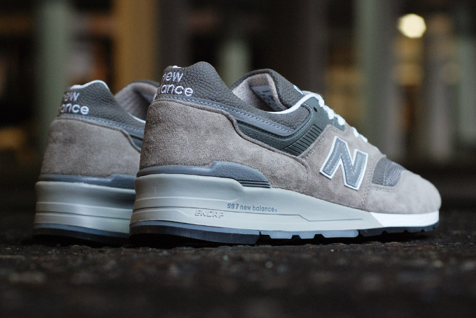 the-drop-date-ct-new-balance-m997gy-2