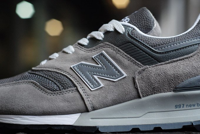 the-drop-date-ct-new-balance-m997gy-3