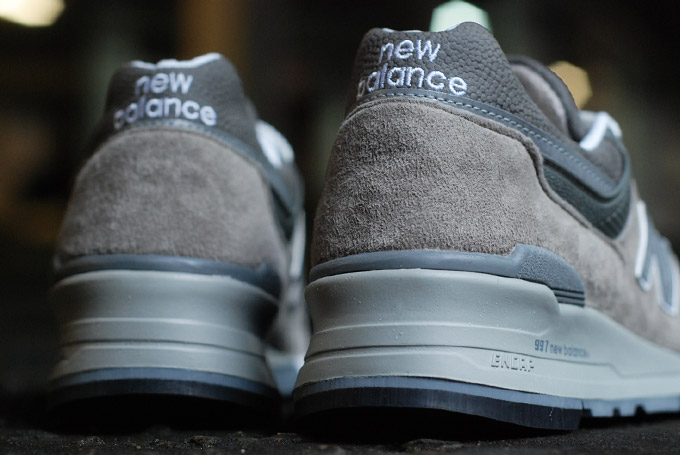 the-drop-date-ct-new-balance-m997gy-4