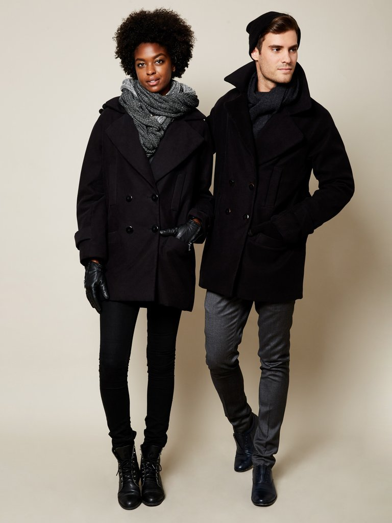 VAUTE - Probably the most well-known company in terms of vegan coats, New-York company Vaute uses 100% vegan and cruelty-free materials, recycled fibers and high-tech to create their beautiful designs. Offering dressy, snow-proof, waxed, mens and unisex coats, this is a must for someone who is new to the vegan game and is looking to invest in their first vegan coat to last many years.@vaute_nyc