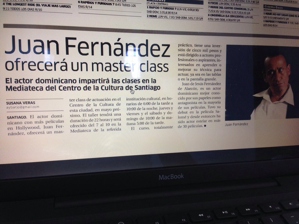 Newspaper article about Juan Fernández' Master Classes in acting in DR.
