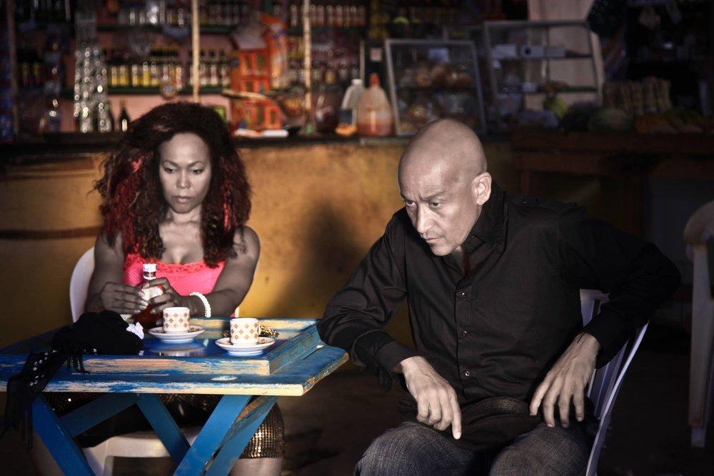 El Gallo - Juan Fernandez and Lia Chapman