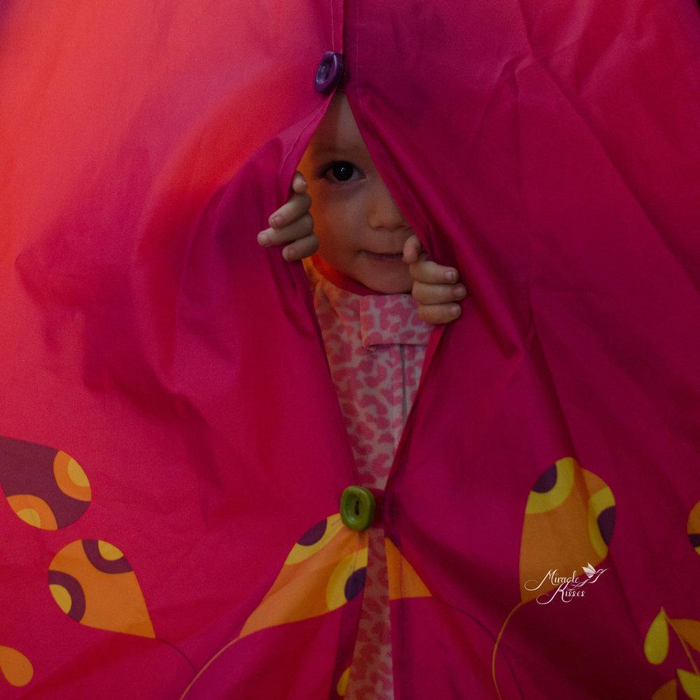 Hide, pink tent, peek-a-boo