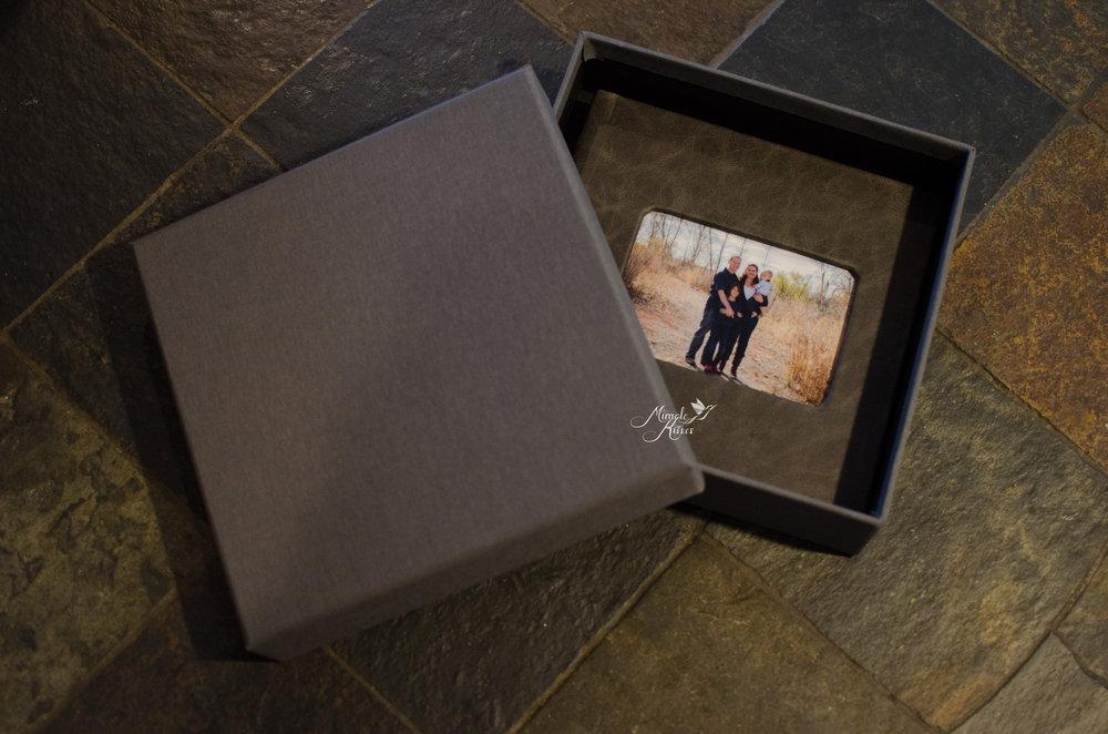 Heirloom photo album comes in beautiful grey box