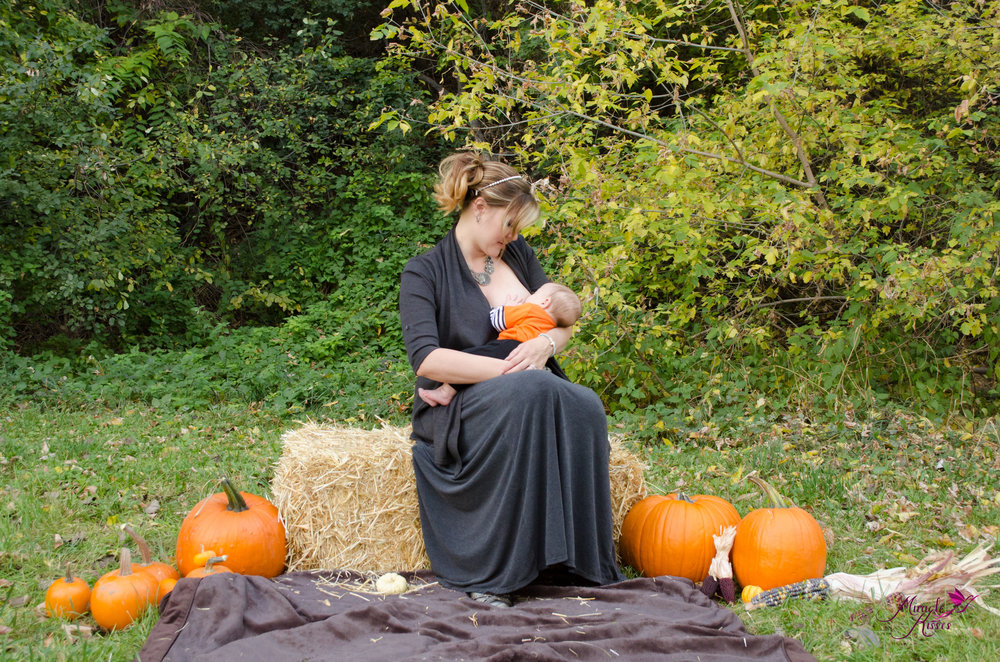 fall breastfeeding, outdoor nursing, normalize the boob, pumpkins