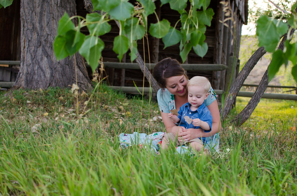 mommy and me, miracle kisses, northern colorado photography