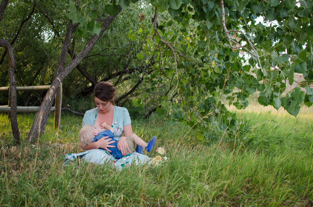 breastfeeding in public, national breastfeeding week, the bond project