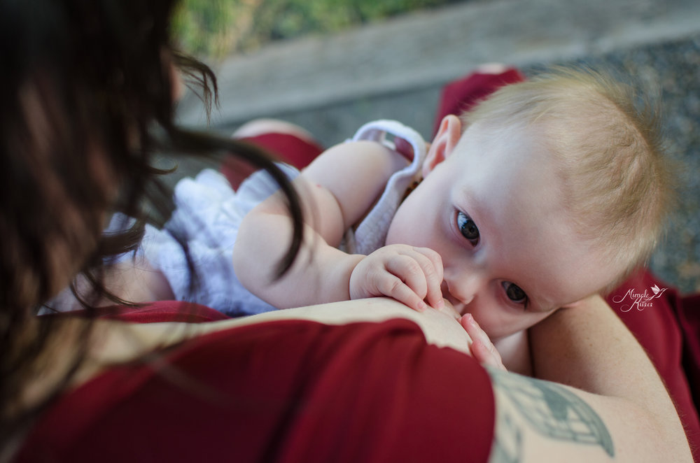 mommy and me photo, summer imagery, normalize breastfeeding