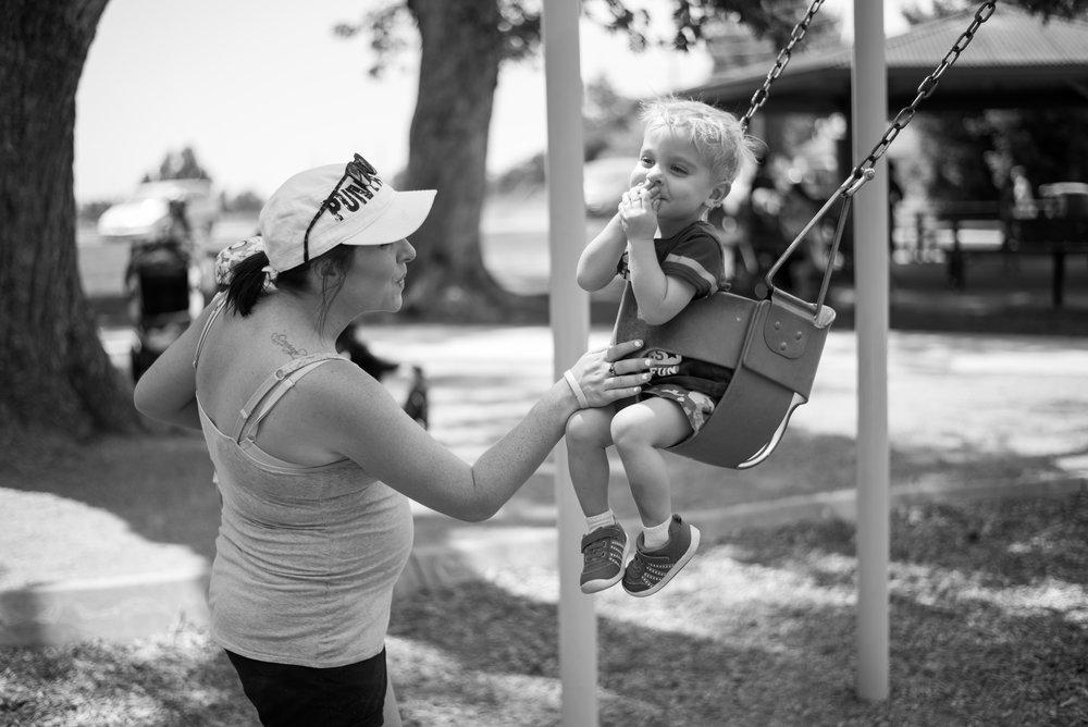 kiss mama, happy swing time, baby swings waneka