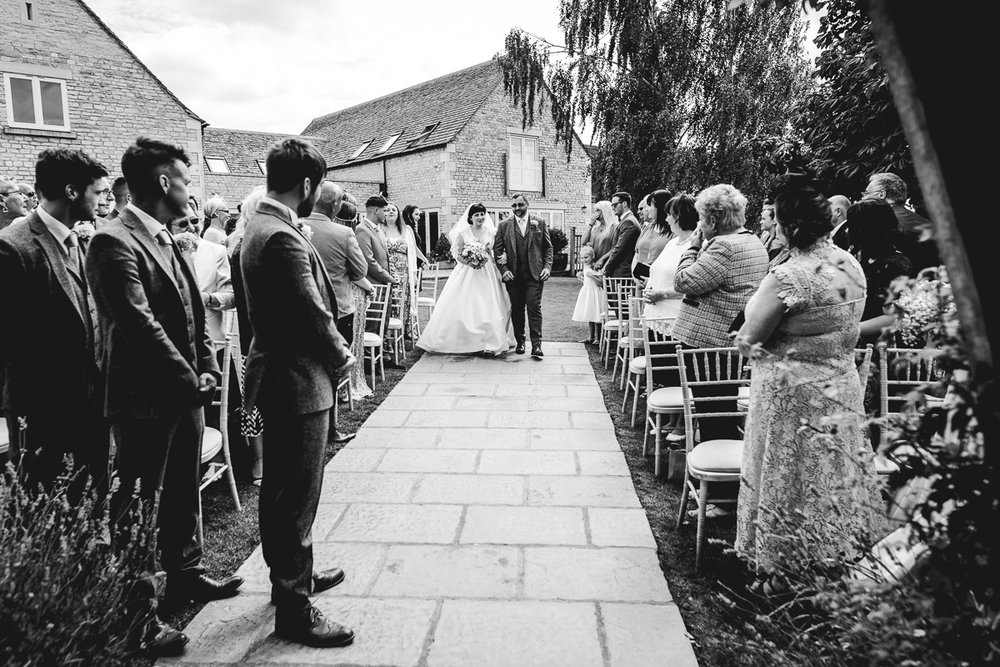 Adding a second shooter to your photography package | Cotswolds Wedding Photographer