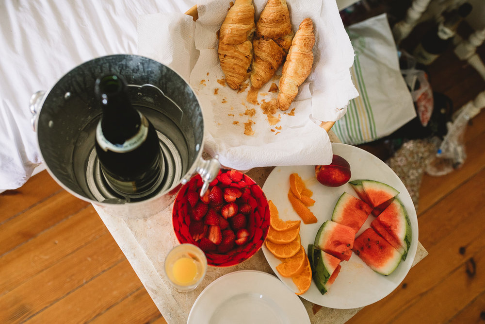 French breakfast at relaxed destination wedding