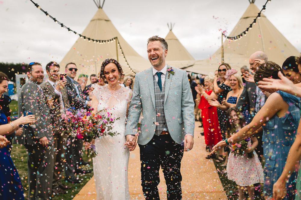 Jackie-Brent-Tipi-Wedding-Sneak-Peek-17.jpg