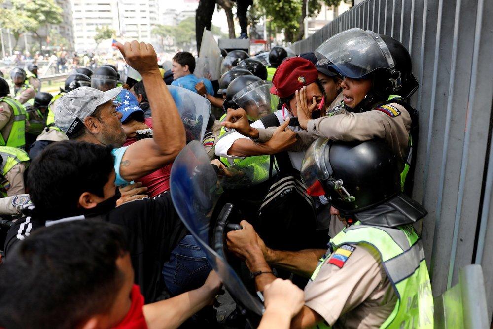 Photo by Carlos Garcia Rawlins/Reuters