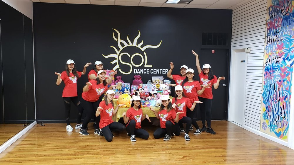 Holiday Toy drive 2018 Hip-hop Level III Class