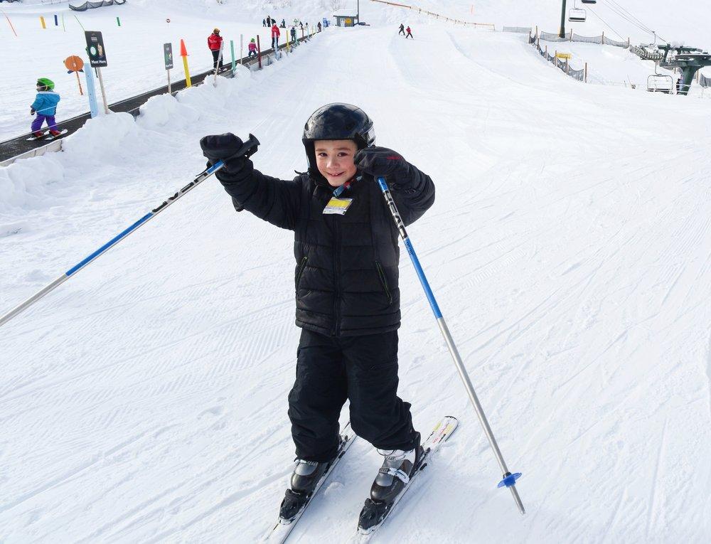 Skiing-kicking-horse-mountain