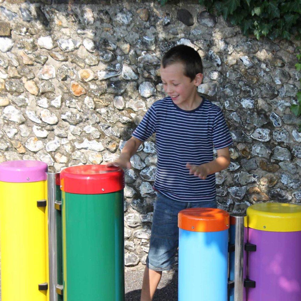 congas-playground-02__88035_1415981193_1280_1280.jpg