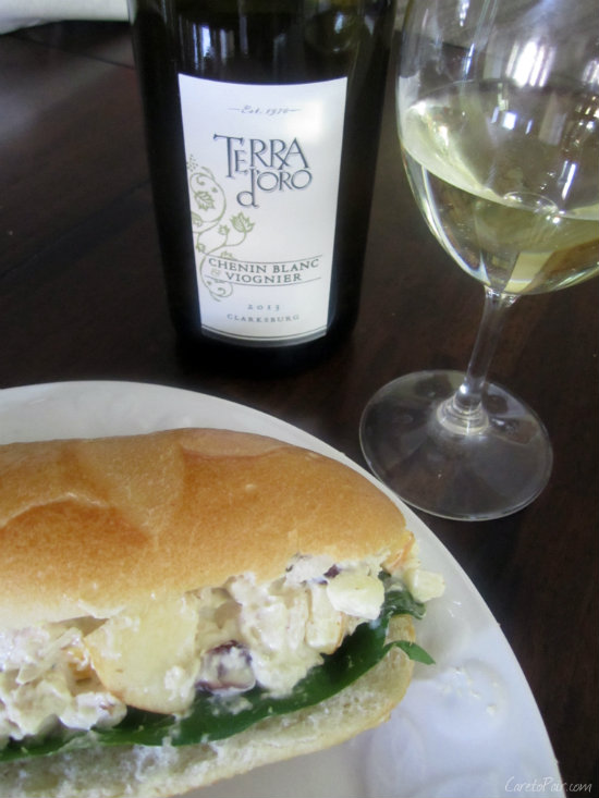 Sandwich Paired with Viognier Blend | CaretoPair.com