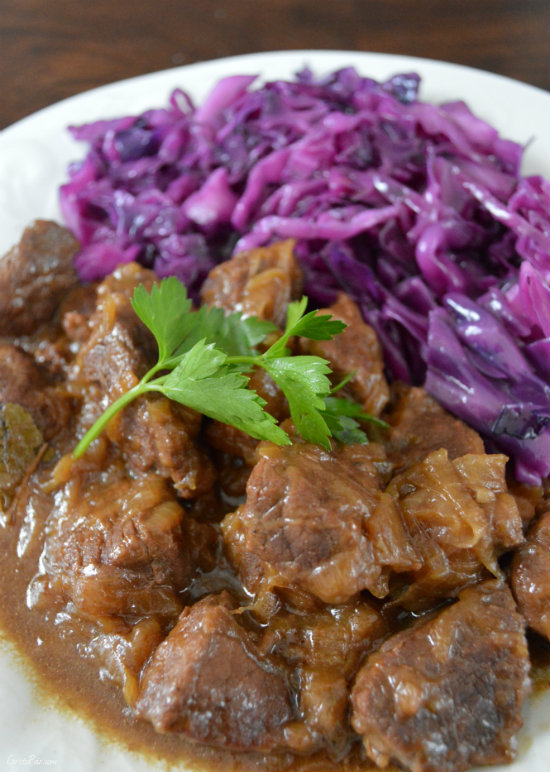 Beef Carbonnade with Beer and Onions | CaretoPair.com