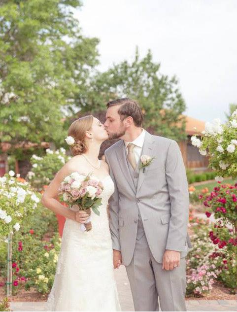 How to Choose Wine for Your Wedding | CaretoPair.com