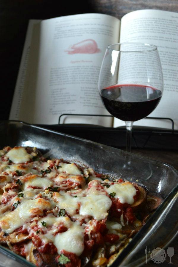 What Wine to Pair with Eggplant Parmesan | CaretoPair.com