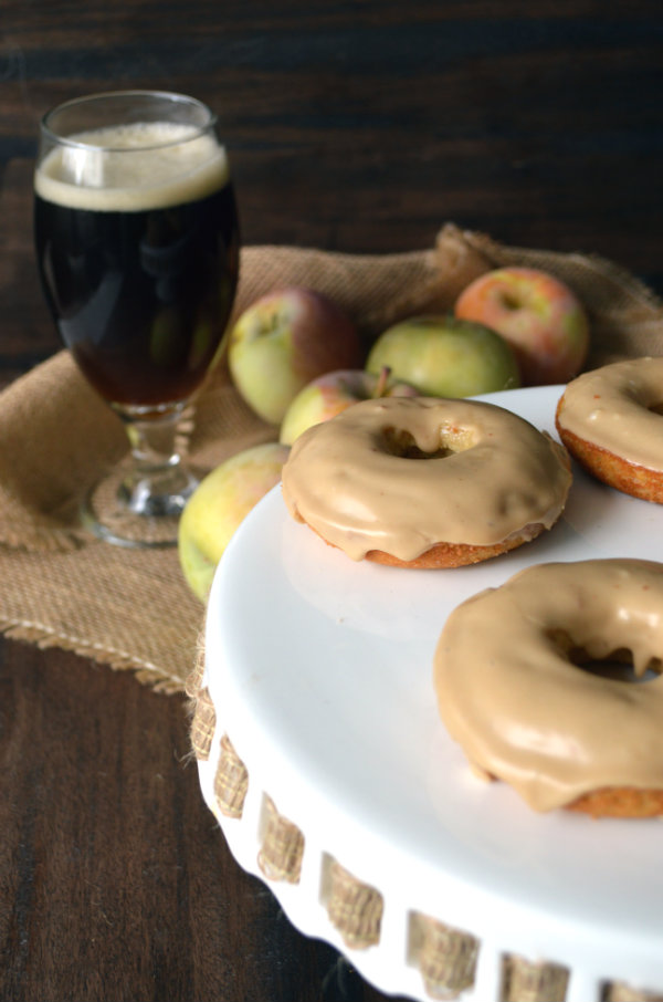 Apple donuts with maple glaze paired with Buffalo Bills Original Pumpkin Ale | CaretoPair.com
