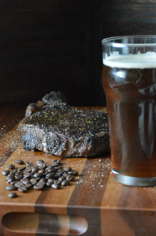 Alaskan Brewing Coffee Brown Ale Paired with a Coffee Rub Steak | CaretoPair.com