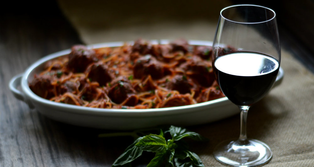 Pairing Wine with Spaghetti and Meatballs is a no brainer | CaretoPair.com
