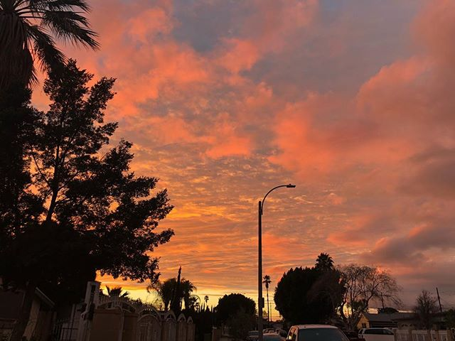 Yesterday's sunset...🌅🧡💛 #NoFilterNeeded #CaliSunset #PhotoByYelyBear #CaliLove