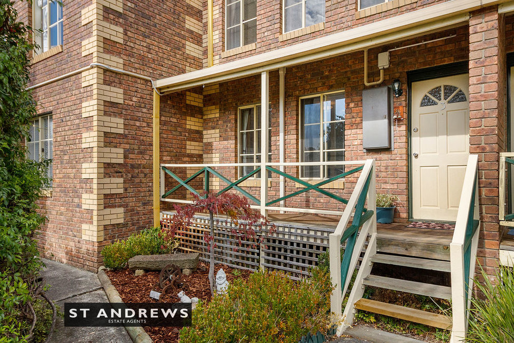 002_Open2view_ID511814-3_32_Cato_Avenue__West_Hobart.jpg