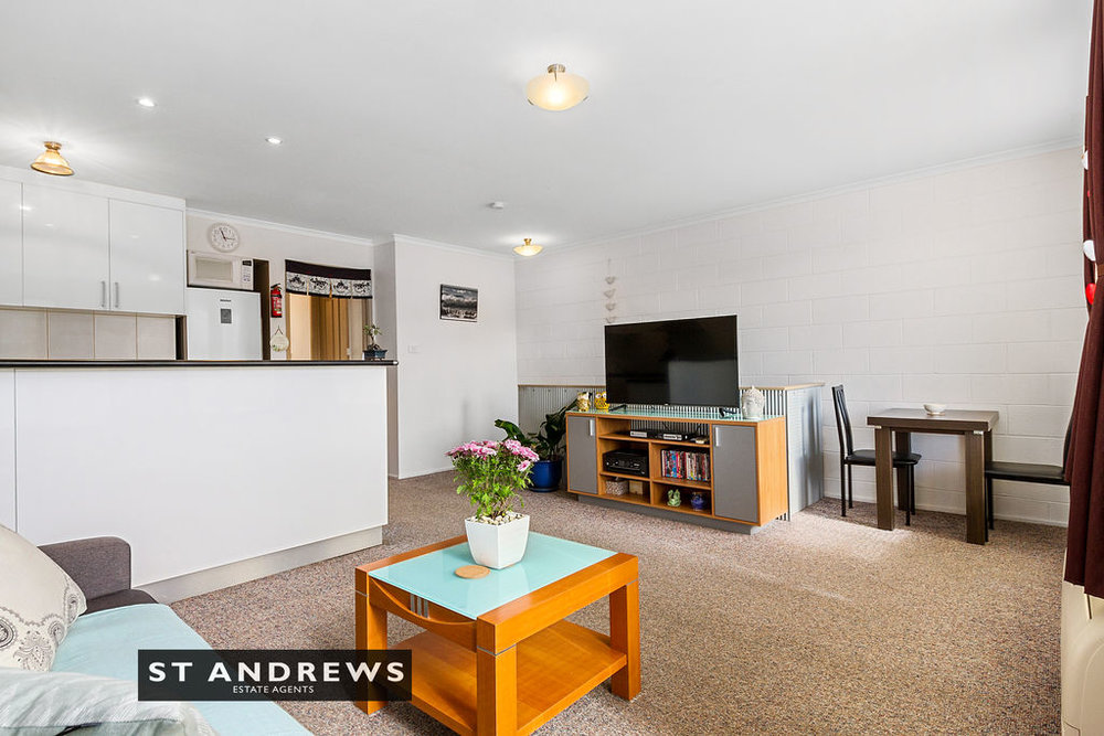 007_Open2view_ID511814-3_32_Cato_Avenue__West_Hobart.jpg