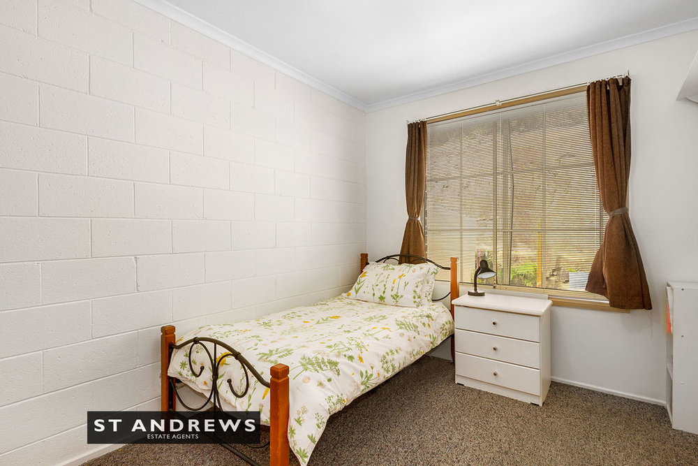 012_Open2view_ID511814-3_32_Cato_Avenue__West_Hobart.jpg