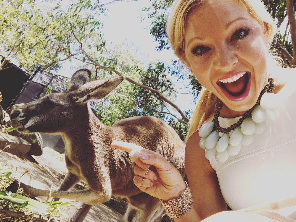 anna kooiman sydney australia kangaroo taronga zoo www.annakooiman.com fitness travel lifestyle