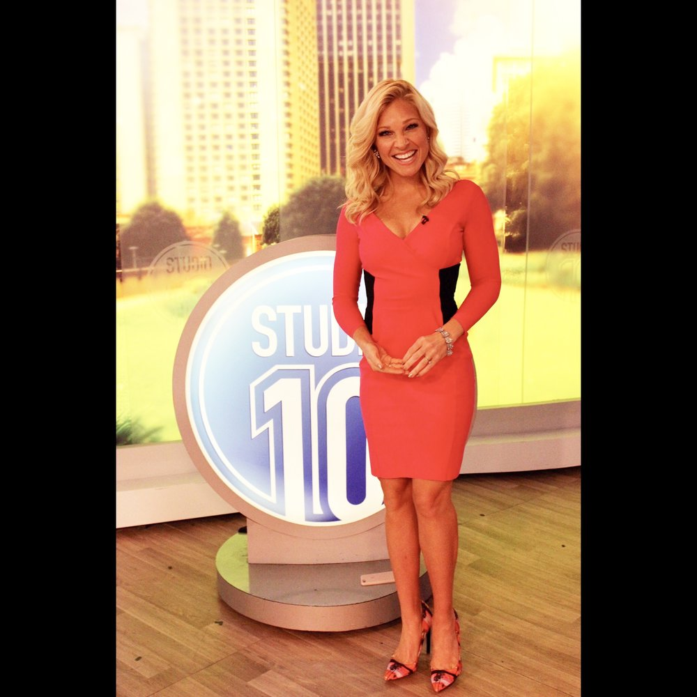 https://www.annakooiman.com/dress-to-impress/pink-black-hot-combo
