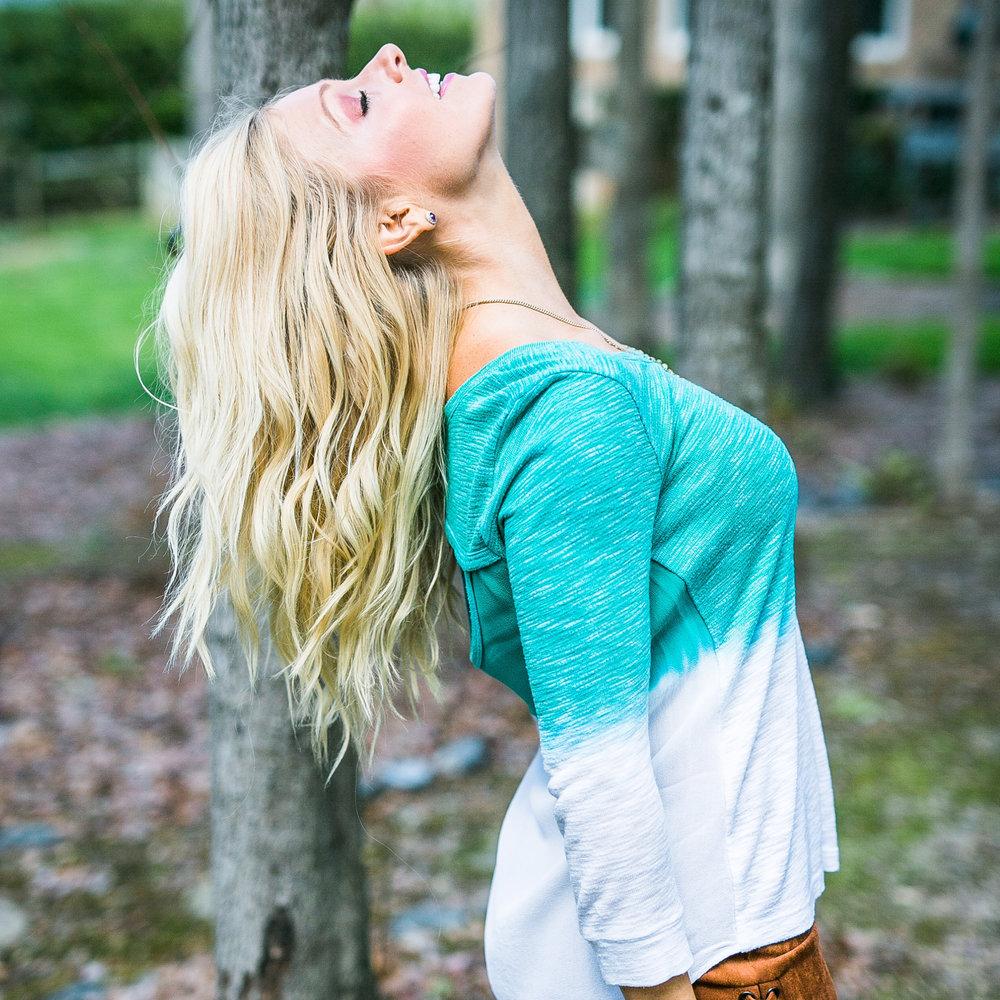 Anna Kooiman Charlotte NC lean back teal top eben adrian patten