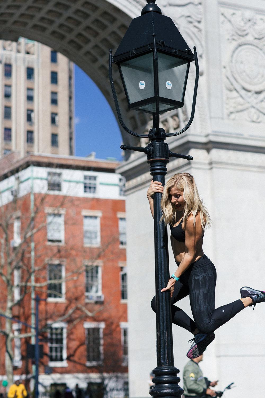 Anna Kooiman New York City Washington Square fitness travel lifestyle fashion style