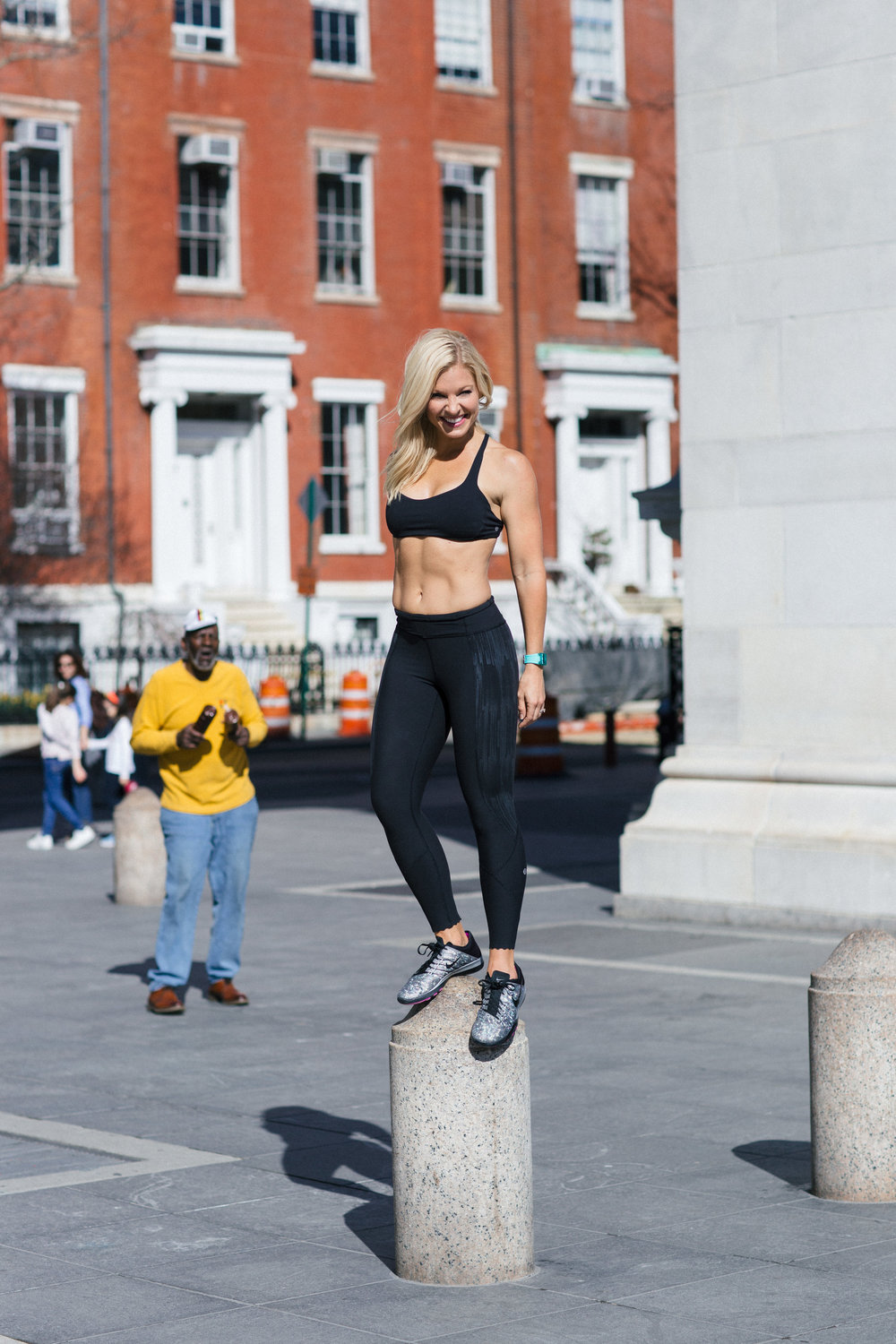 Anna Kooiman annakooiman.com fitness travel lifestyle fashion style television entertainment news