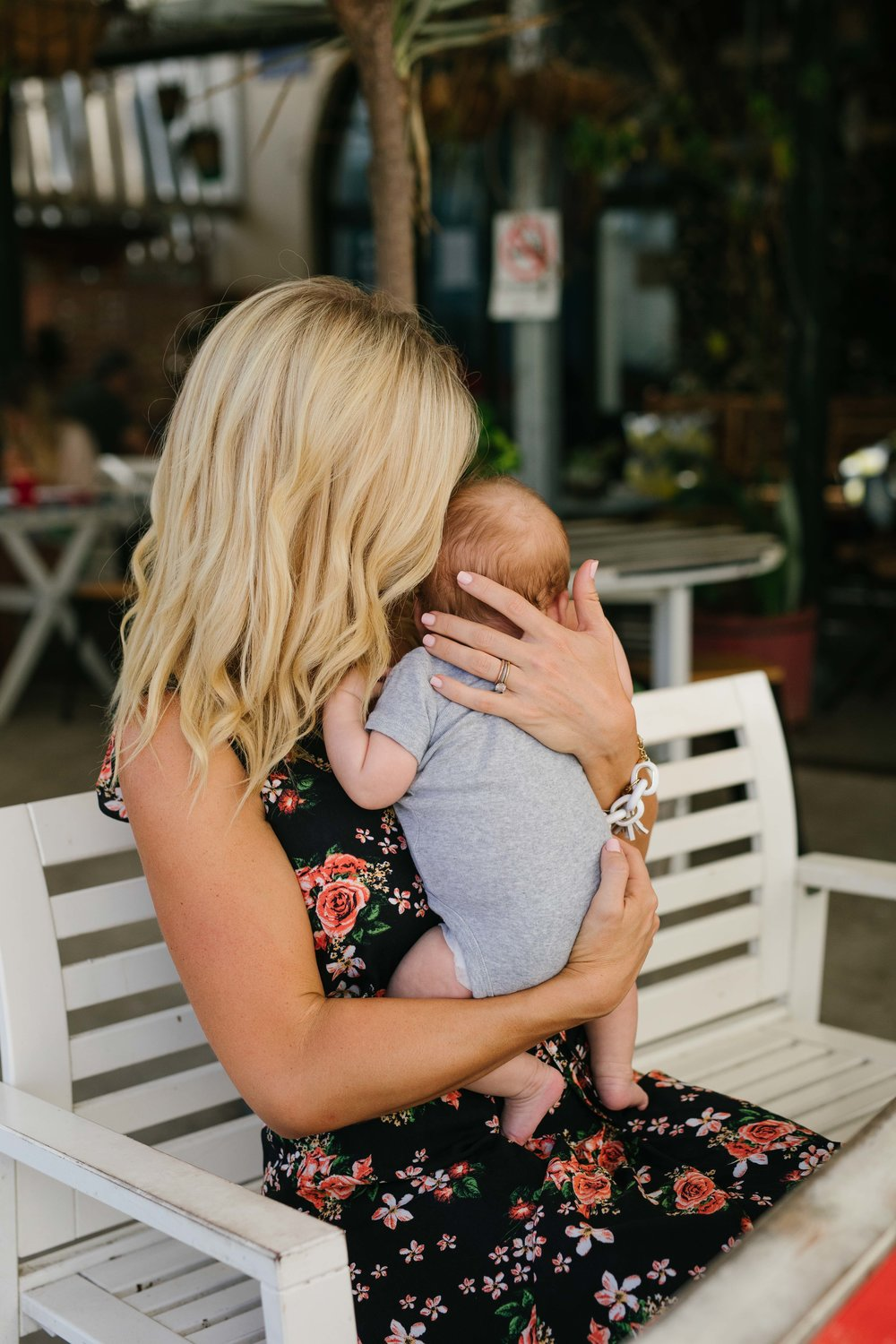 anna kooiman breastfeeding and nursing fashion new mom sydney australia bondi beach baby mum mummy mom dog lab labrador babies style fashion what to wear