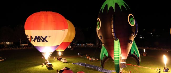 Wairarapa Balloon FestivalTrust HouseNight Glow(Backup Night) - Sunday 1st April 04:00pm*** Only if the Saturday evening is postponed ***A magical evening for the whole family, the Trust House Night Glow is the Festival highlight.Tethered balloons light up the night sky in a dazzling display set to music.Entertainment, live music, night markets and ...
