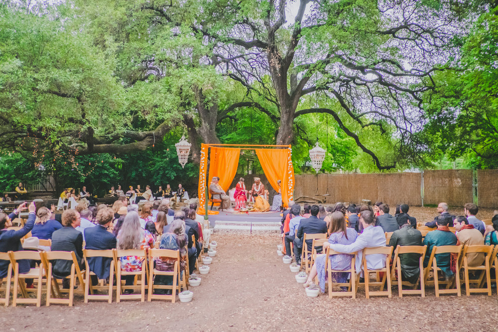 backyard-wedding.jpg