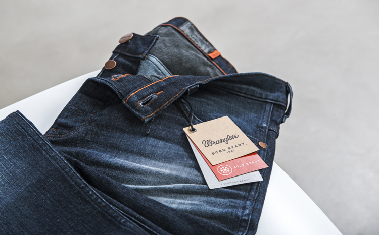 ae8ef7f3 Wrangler Jeans — WE ARE Pi
