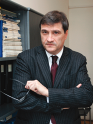 Prof. Dr. Dragan Djuricin - Professor at Faculty of Economics,University of Belgrade, SerbiaField of research:Economies in transition, Privatisation, Strategic management and Project management.