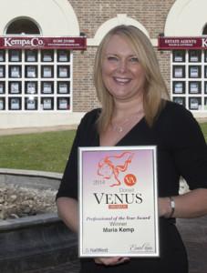 Maria Kemp with Venus Award certificate