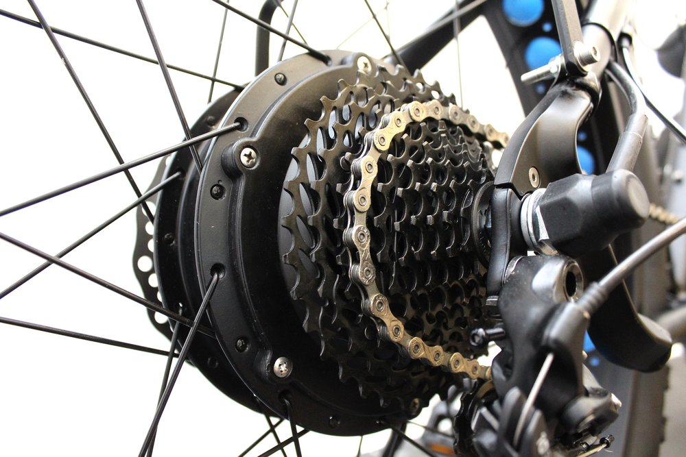 New 800w Geared hub Electric Fat bikes for beaches and dunes.