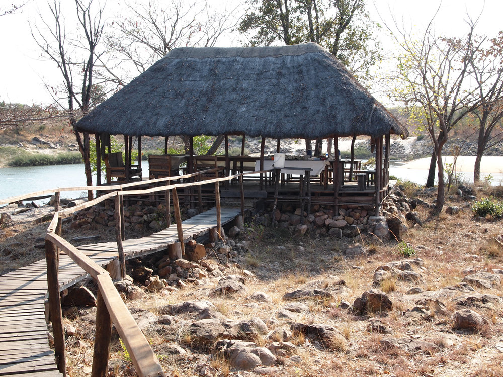 dining hall overlooking the Zambezi