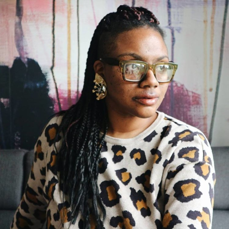 Yvadney Davis Stylist London-based fashion stylist Yvadney Davis is known for her love of kids fashion, textiles and colour.  After graduating from Central Saint Martins Fashion Degree, she began her fashion career working in public relations, before moving into women's' fashion styling and finally kid's styling, after starting her own family. Yvadney's work merges all the wonder of childhood as well a burgeoning focus of maternity and family fashion. Her portfolio includes editorials, look books and campaigns with clients including Little London Magazine, Living Etc, Looks Like Me and Kikimorra Magazine.
