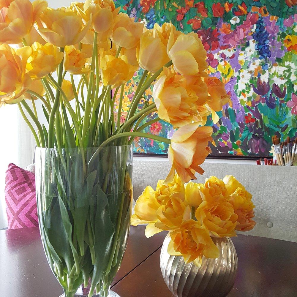 dining flowers.jpg