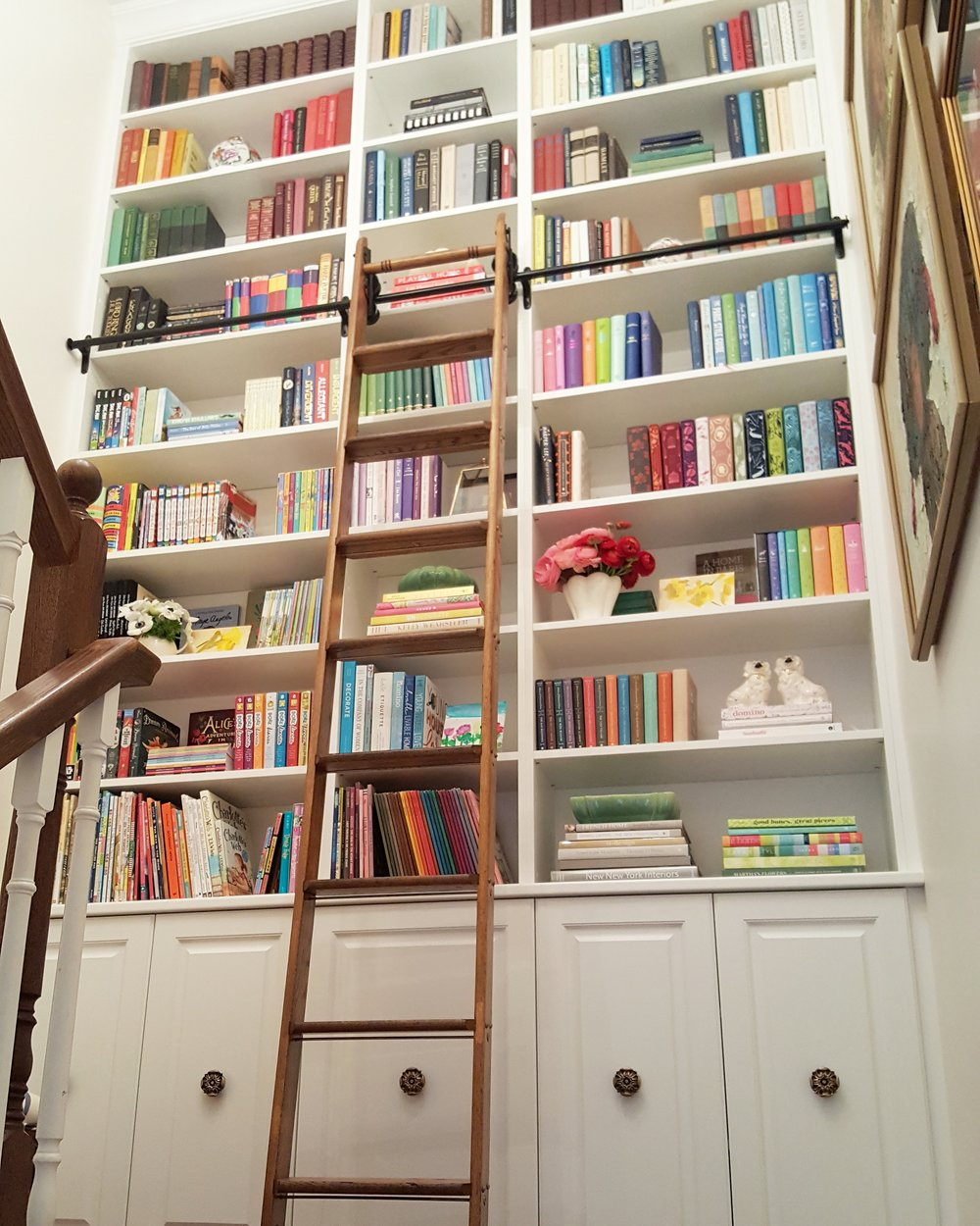 spring 2018 one room challenge: stairway library
