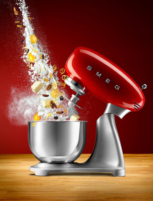 SMEG_Mixer_-_Dough_Mixing.@x2.jpg