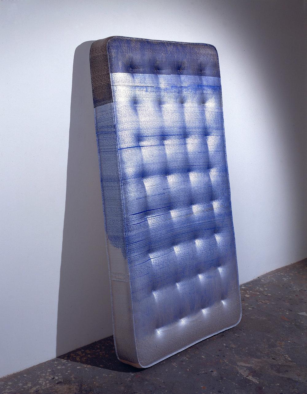 01_mattress.jpg